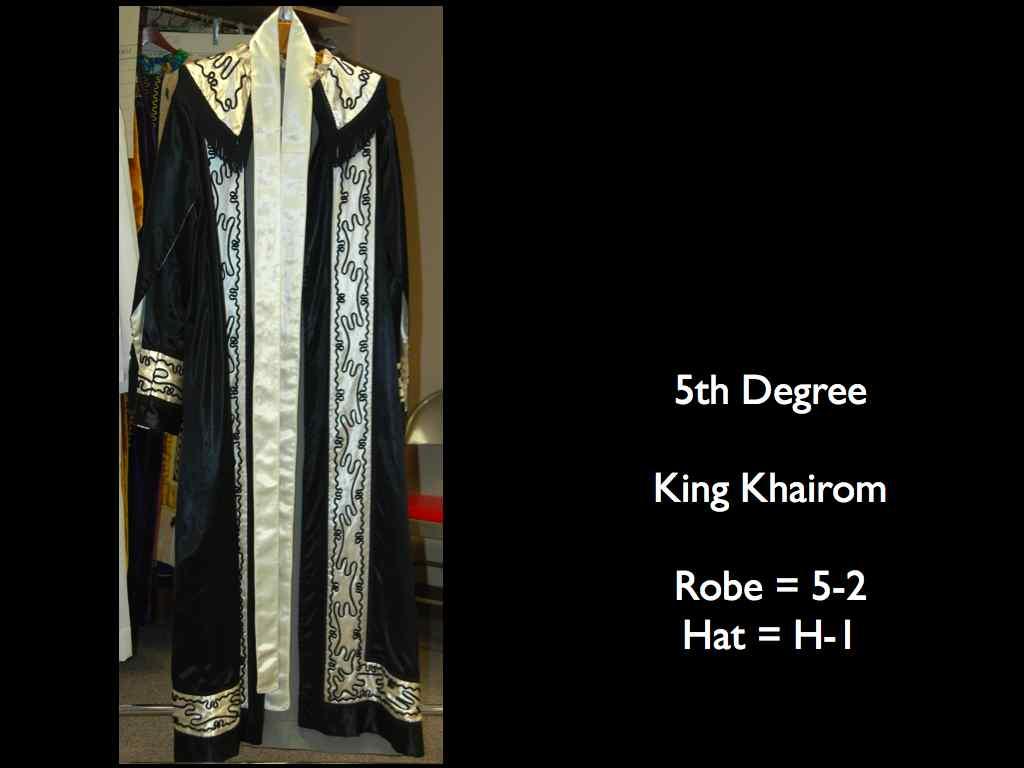 Costumes 13
